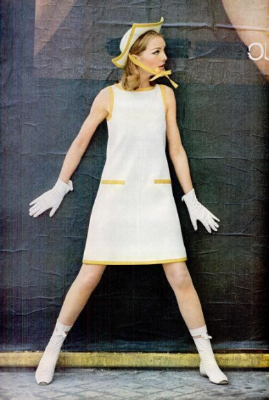 courreges-87-390x580
