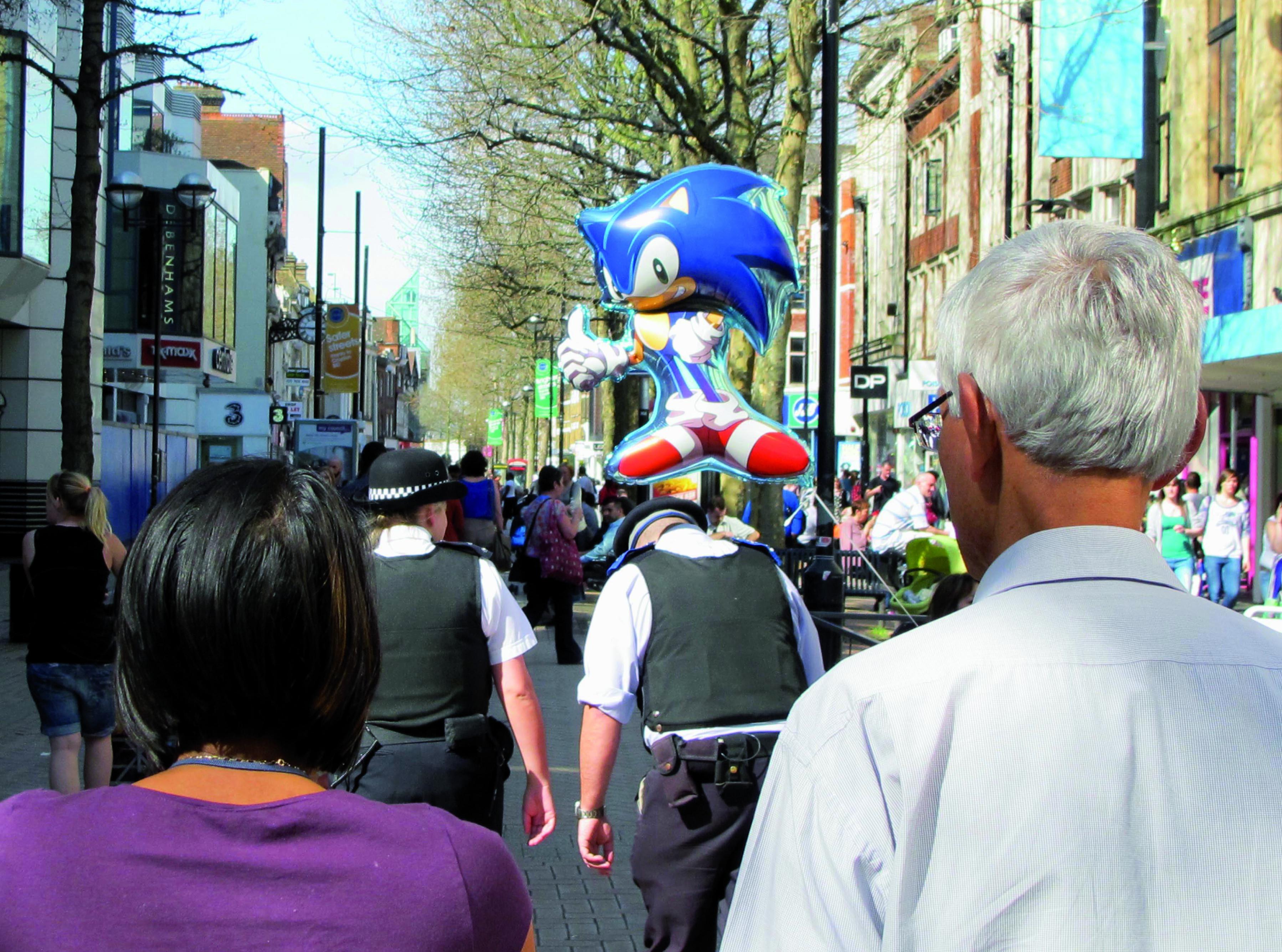 police sonic balloon