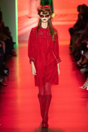 Anna Sui red